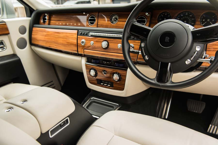 Rolls Royce Phantom Frequently Asked Questions